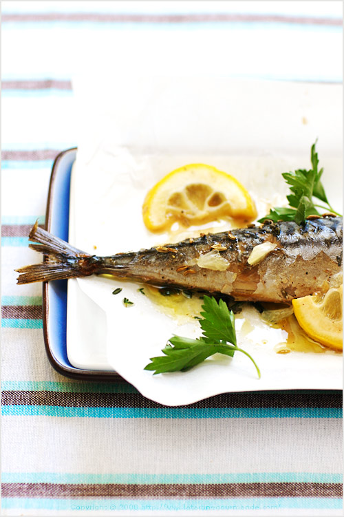mackerel cooked baked whole