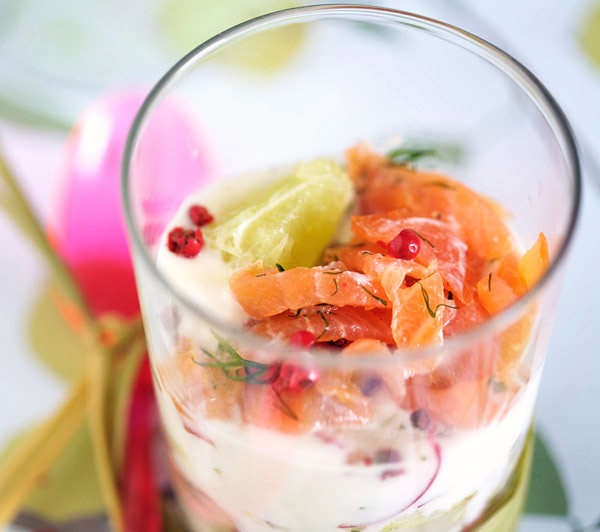 verrine smoked salmon cucumber apple yogurt