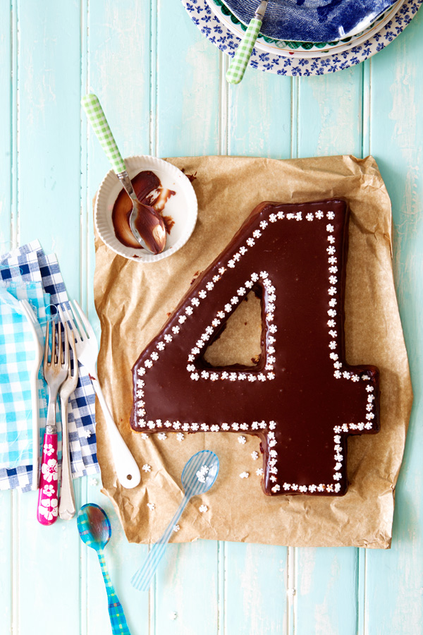 gluten free chocolate birthday cake children
